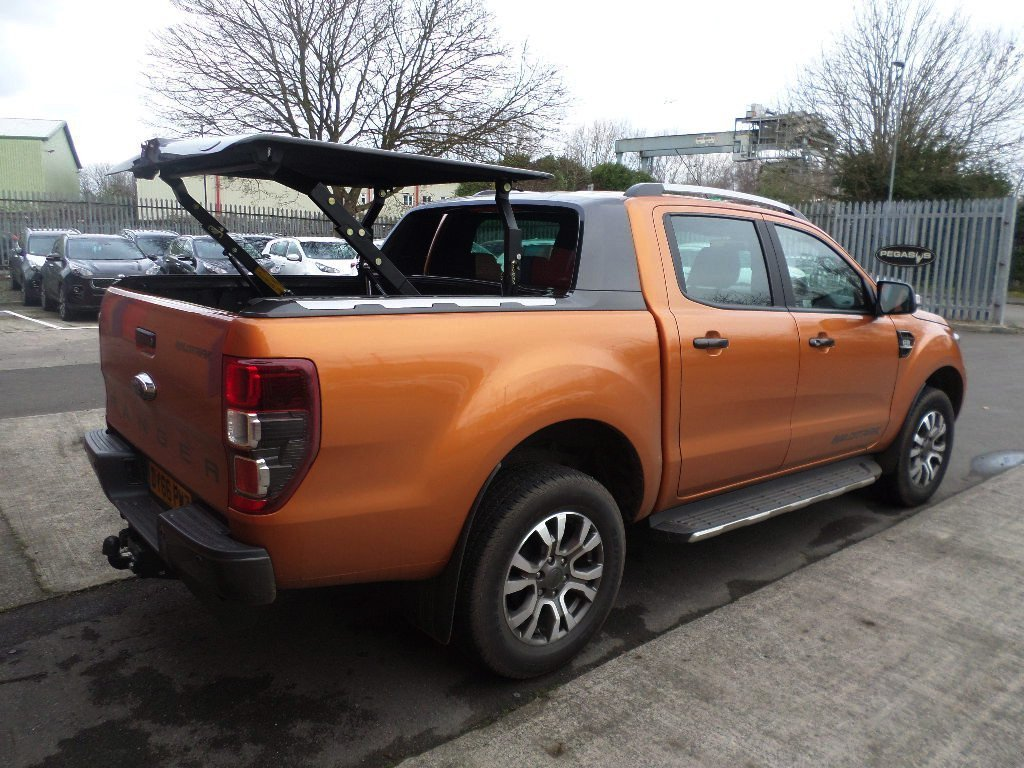 ford ranger wildtrak review one truck to do it all autos post. Black Bedroom Furniture Sets. Home Design Ideas