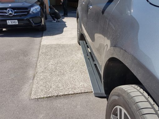 Automatic Electric Side Steps For New Mercedes-Benz X-Class