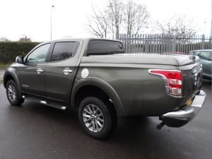 mitsubishi l200 series 5 top up cover standard tonneau lid 4 Pegasus 4x4