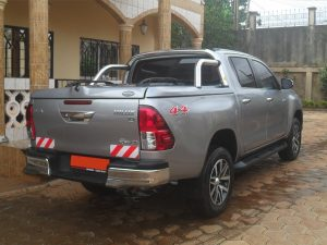 New Model 2016 Toyota Hilux Top Up Cover With Styling Bar