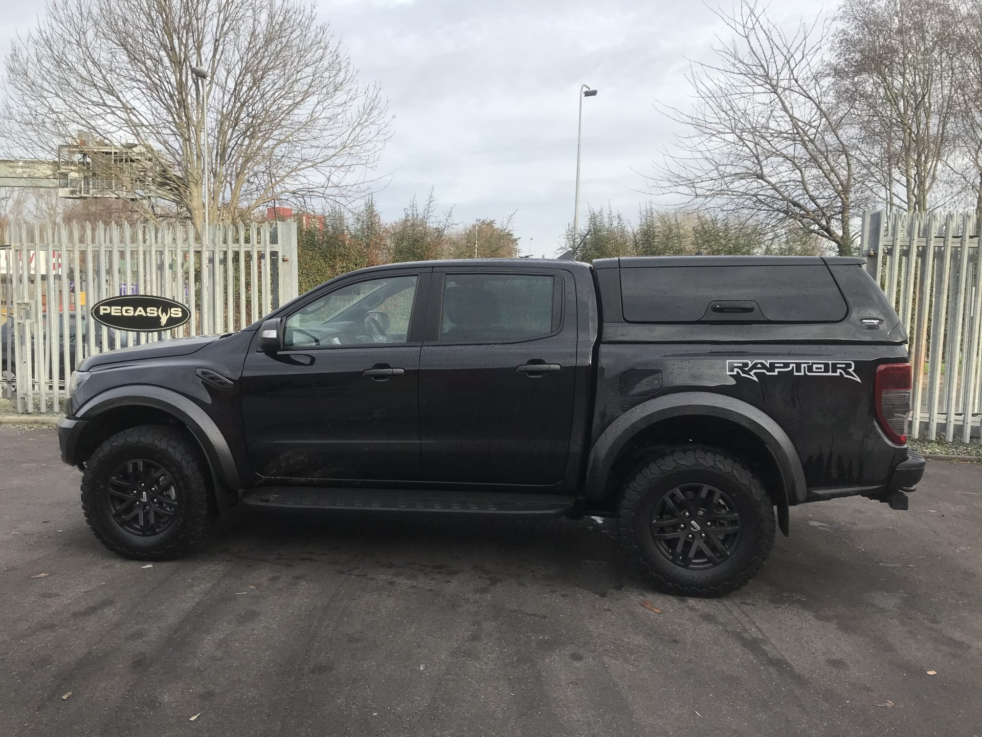 Ford Ranger Raptor Avantgarde Glazed Hardtop Canopy With Central Locking
