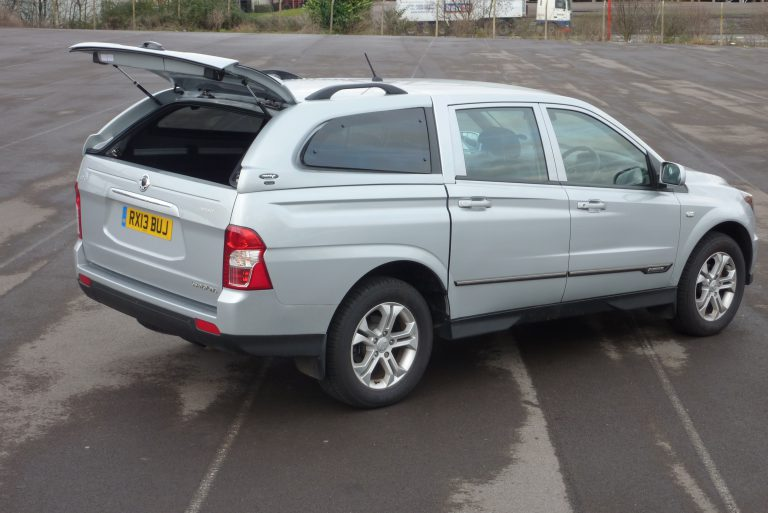 Ssangyong Korando Sports Amp Musso Hardtops With Central