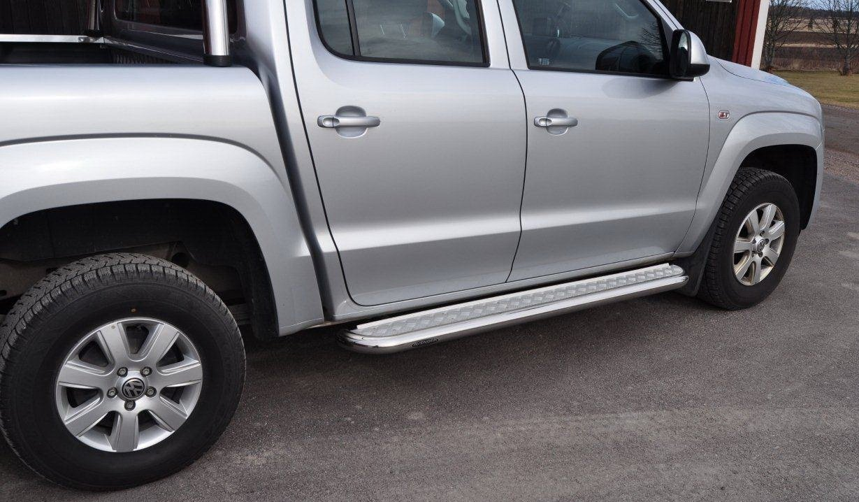 Volkswagen VW Amarok Side Steps With chequer Plate Infills